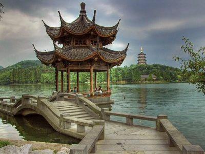 vuelos hangzhou madrid